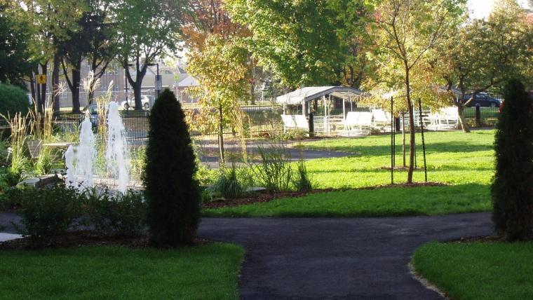 300 000 $ Jardins de l'Ermitage